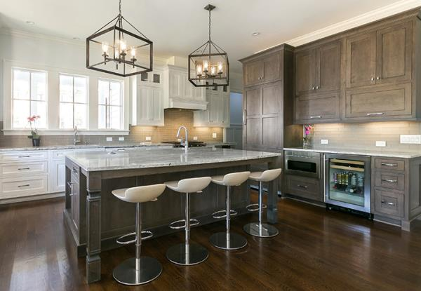 Contrasting Finishes Used to Create Beautiful Kitchen