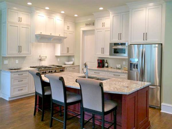 Eat In Kitchen Features Trendy Design Elements
