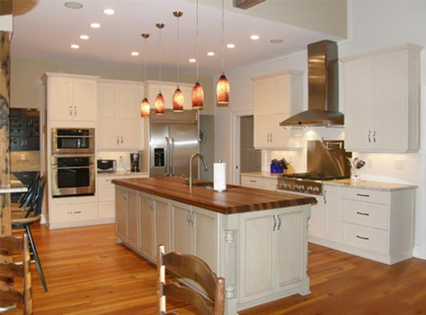 Mixed Finishes and Countertops Create Casual Style